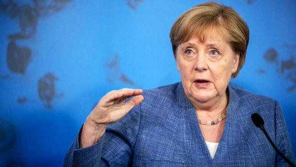 Merkel spricht sich gegen eine Impfpflicht aus