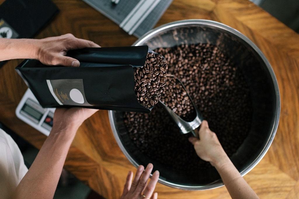 Langfristige Auswirkungen des täglichen Kaffeetrinkens aufgedeckt
